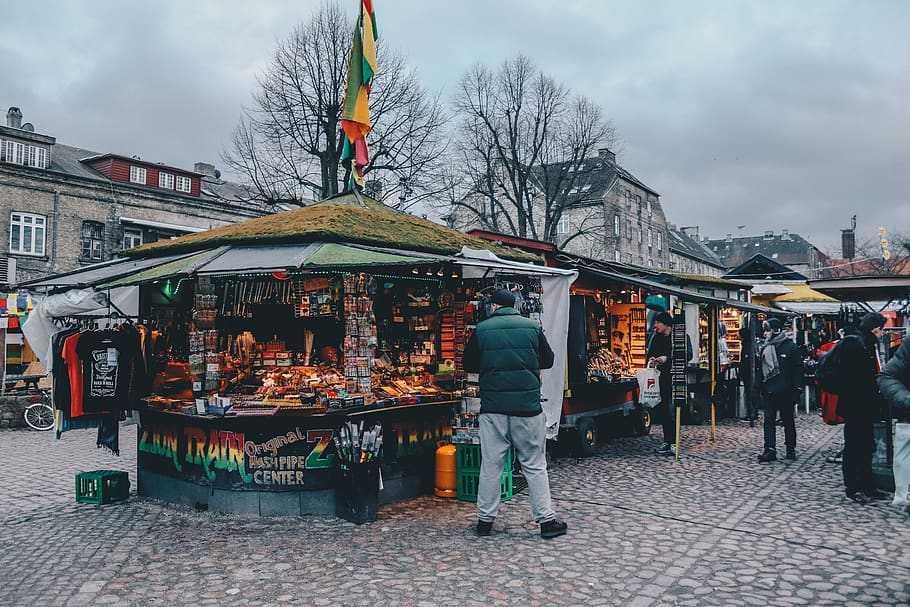 puestos d comida christiania copenhague